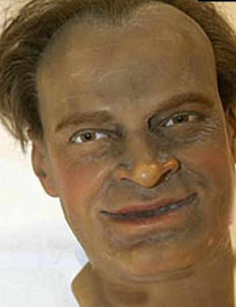 http://alphawax.com/contents/uploads/news/45_1.photo-wax-museum.jpg